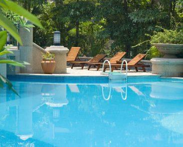 587352222-swimming-pool-wallpaper